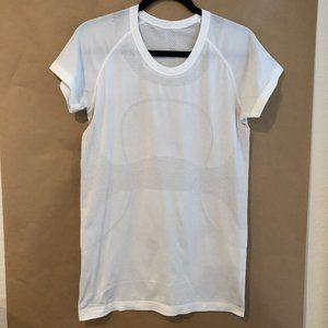 Lululemon Swiftly Tech Short Sleeve White SZ 10